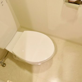 清潔な独立トイレ※写真は前回募集時のもの