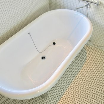 石鹸のような浴槽