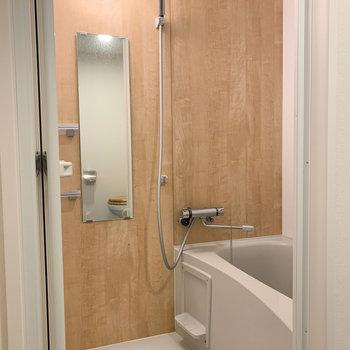 シャワーヘッド交換済みなので水圧もバッチリ!※写真はクリーニング前のものです