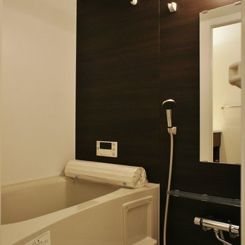 お風呂はシンプルに※写真は別室(301)