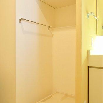 洗濯機はお風呂の近く