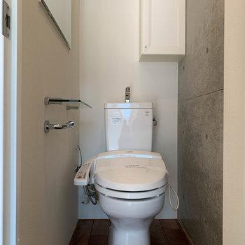 トイレは【中階】に。