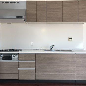【LDK】こんな大きなキッチン、憧れちゃうなあ※写真は前回募集時のものです