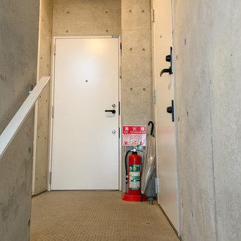 階段登って右側のお部屋になります。 ※写真は前回募集時のものです