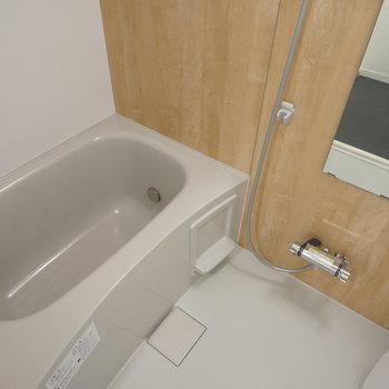 お風呂だって新品追い焚き・浴室乾燥機付き!