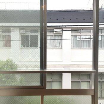 眺望はお向かいさんねっ※写真は2階の同間取り別部屋です