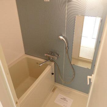 お風呂キレイです。浴室乾燥付き(※写真は2階の同間取り別部屋のものです)