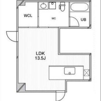 エントランスの中に位置する 唯一1階のお部屋。