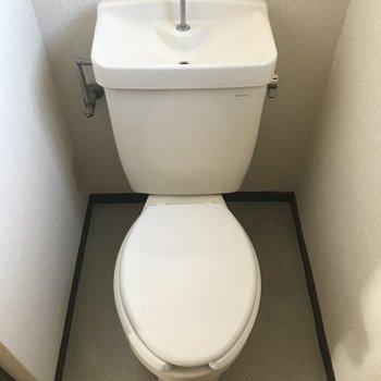 トイレは個室なの嬉しい
