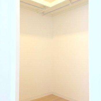 【洋室】ウォークインクローゼット!オープンタイプです※写真は前回募集時のものです