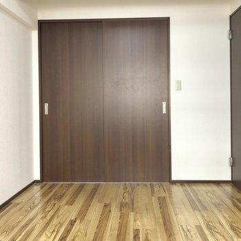 あの扉は、、