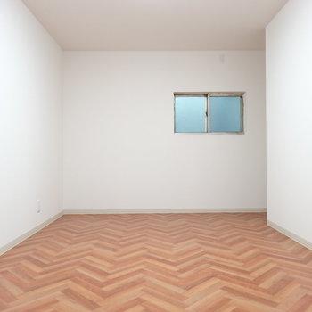 1階居室にも窓があり換気できます