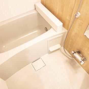 お風呂もリノベーション時に交換済!
