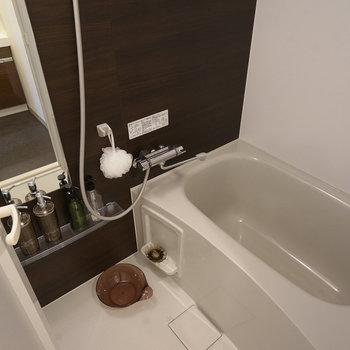 お風呂も快適に入れます  ※写真は6階の同間取り別部屋のものです