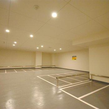 室内駐輪場も ※写真は前回募集時のものです。