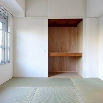玄関側の和室は寝室がいいかな。