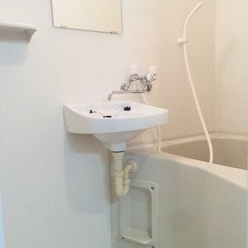 お風呂はひとり暮らしにはちょうどいい※写真は前回募集時のものです
