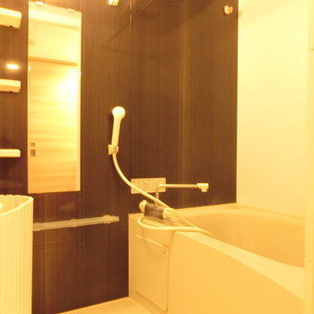 明るいお風呂※写真は前回掲載時のものです。