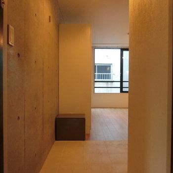 玄関からの眺め※写真は前回掲載時のものです。