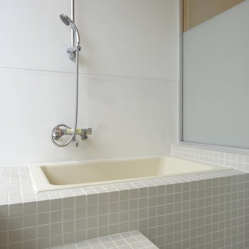 このお風呂!バルコニーに直接つながってます。※写真は前回掲載時のものです。