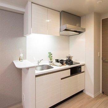 キッチンにはちょこっとカウンターがついてお洒落。※写真はイメージ。