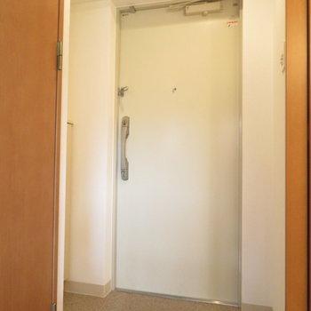 玄関ひろかったですよ!※写真は4階同間取り別部屋のものです