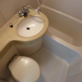 浴室乾燥付きで嬉しい〜※写真は別部屋です