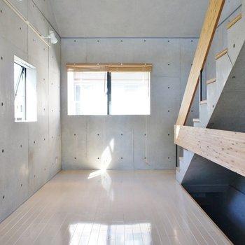 コンクリとナチュラルなカラーリング※写真は同間取りの別部屋です。