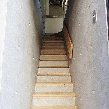 一階は階段!※写真は同間取りの別部屋です。