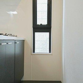 スペースもあります ※写真は別のお部屋のものです