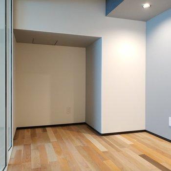 防音室の中です。※写真は4階の同間取り別部屋のものです