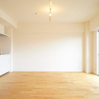 カウンターキッチンが素敵なお部屋になります!※写真は前回施工のお部屋
