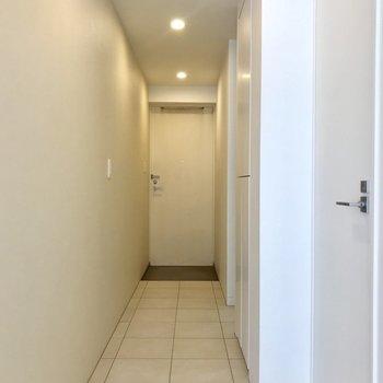 廊下は広々と。※写真は前回募集時のものです
