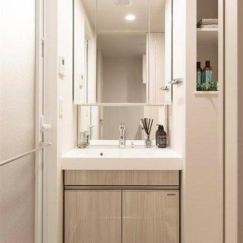 洗面台は清潔感◎※写真は別部屋イメージ。