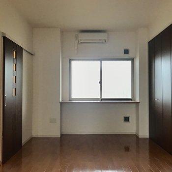 1階の7.2帖の居室。大容量のクローゼットはここに!