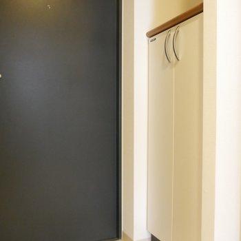 玄関、手前部分には