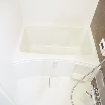 新築、お風呂もきれいです!