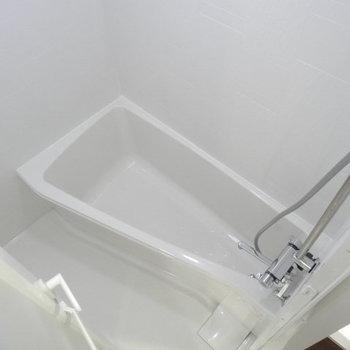 バスルームは斜めの使い方がイケてます