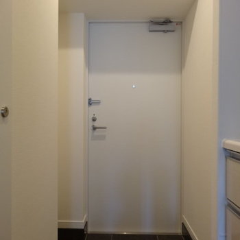 玄関はゆったりめ
