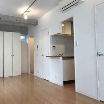 ゆったりひとり暮らしに※写真は3階の同間取り別部屋のものです