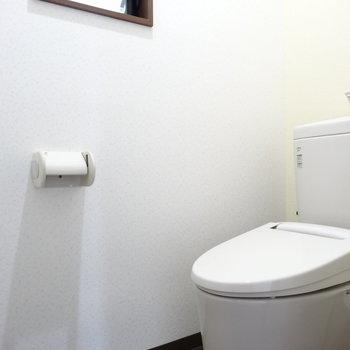 トイレの窓がうれしいですね