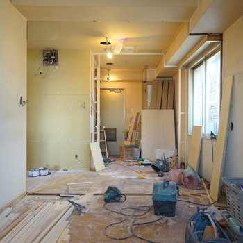 2面採光のお部屋です※写真は工事中です