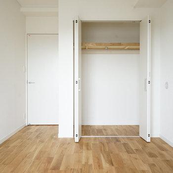 もうひとつの洋室にもクローゼットあります※写真は前回募集時のものです
