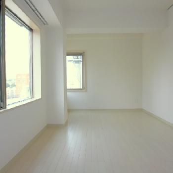 寝室にぴったりなお部屋、窓嬉しい