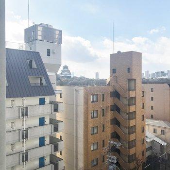 でも、大阪城が見えるんです♪