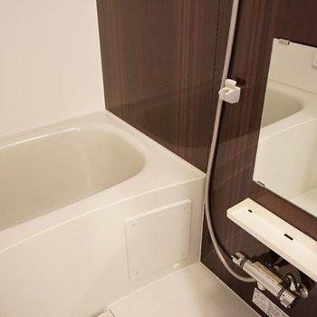 きれいに保ちたくなるお風呂。※写真は4階の別部屋