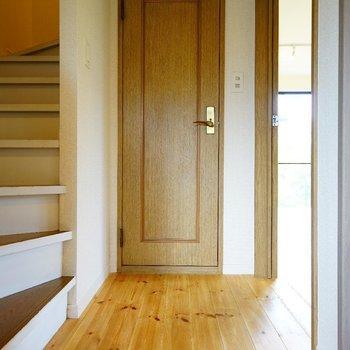 階段を上って・・※写真は前回募集時のものです