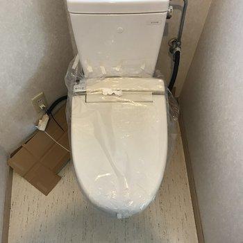 トイレは2月上旬にパネルがつくそうです