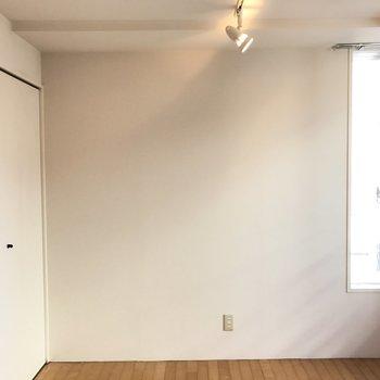 こちらのお部屋が寝室です