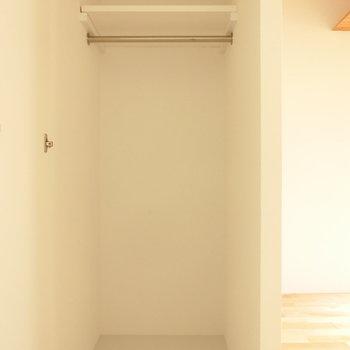 クローゼットもありました♪ ※写真は同間取りの 01号室です。